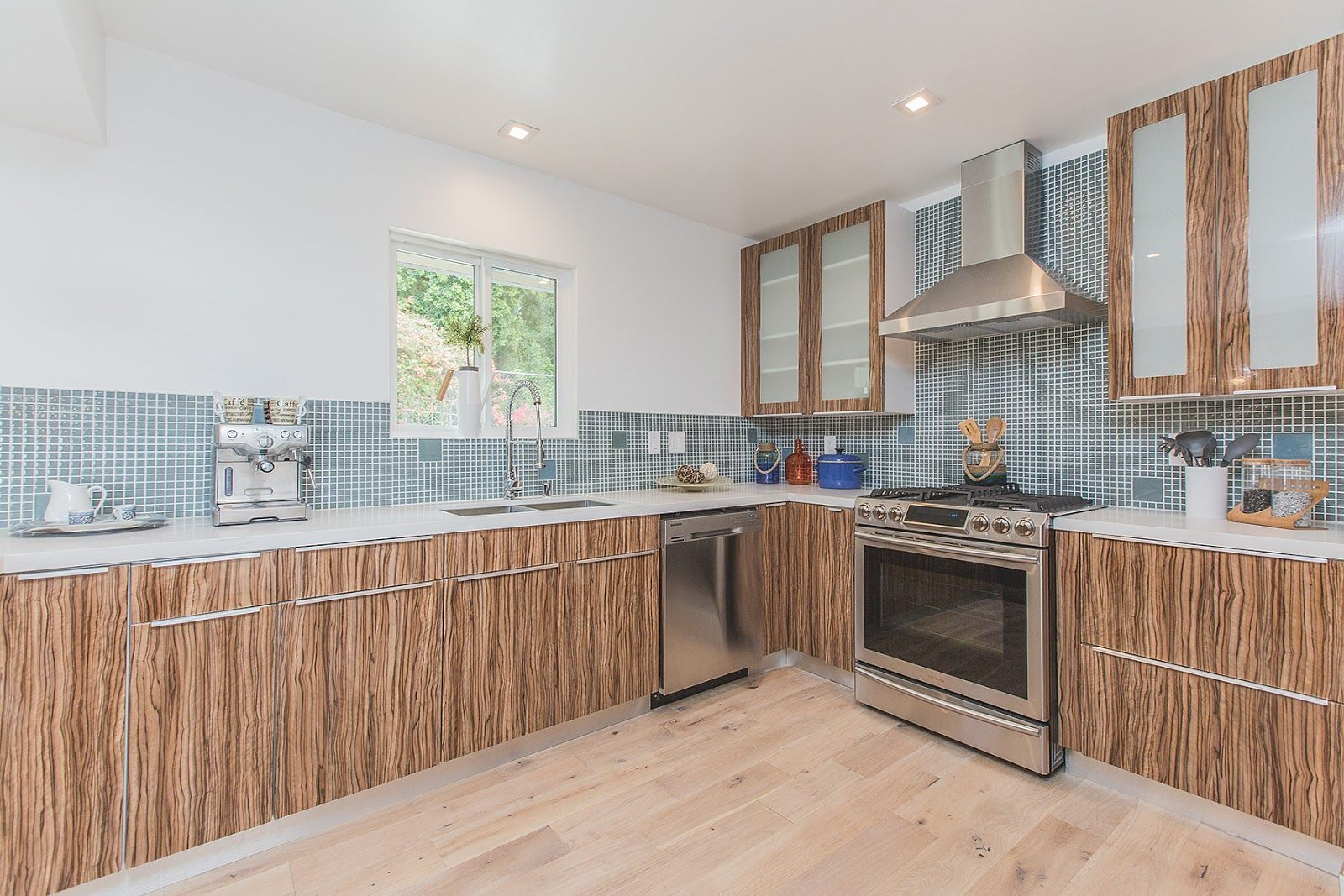 Kitchen Without Upper Cabinets Kitchen Without Upper Cabinets Kitchen Without Island Kitchen Design