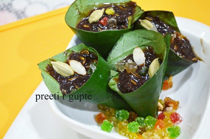 Chocolate Paan Rolls Ingredients Calcutta paan 8 leaves Dark chocolate grated 200 grams Gulkand 3 spoons Lime paste (chuna) 1 ...