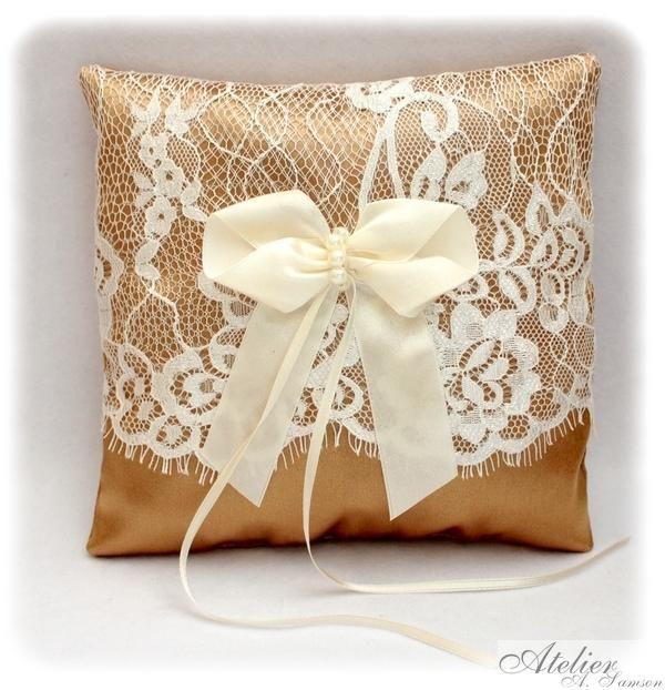 Koronkowa Poduszka Na Obraczki Slubne Zlota 4404590020 Oficjalne Archiwum Allegro Wedding Day Pillows Throw Pillows