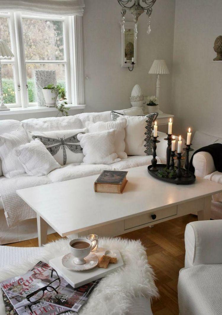 Perfekt Ideen Für Das Kleine Wohnzimmer   Wohnideen Weiss Shabby Chic Romantisch Kerzen Kissen