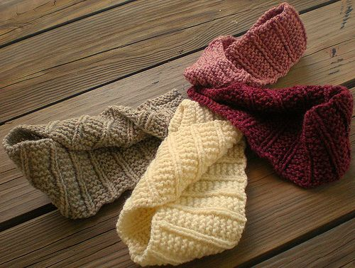 The Caffeinated Knitter: Frostbeat | knitting | Pinterest | Banda ...