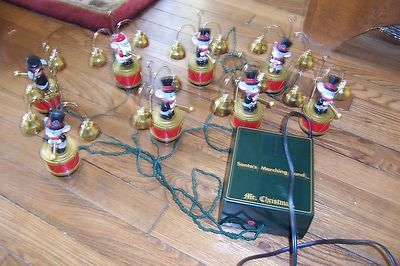 vintage mr christmas santas marching band santa mouse mice plays 35 songs ebay mr christmas
