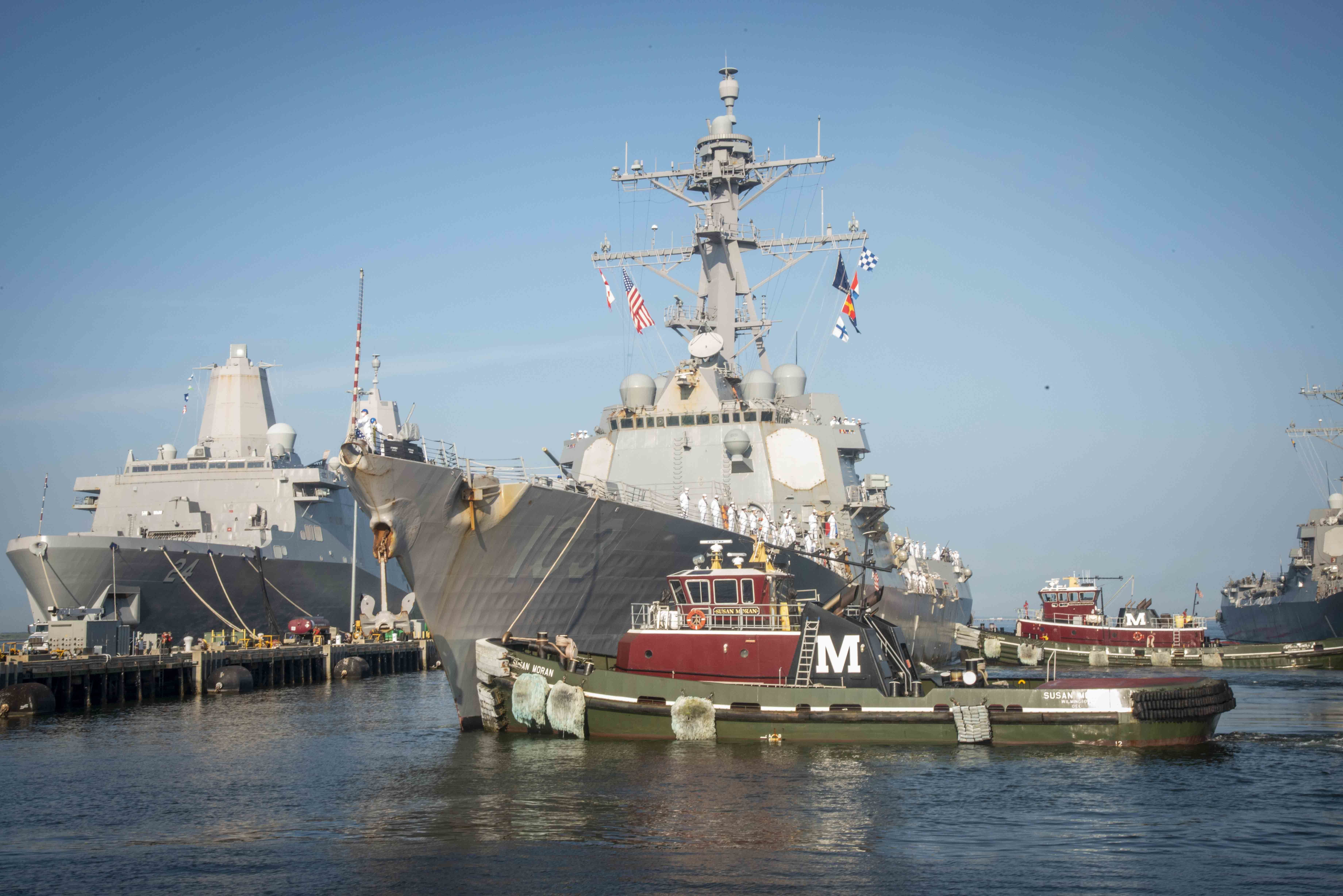 The Arleigh Burke Class Guided Missile Destroyer Uss Truxtun Ddg 103 Returns To Naval Station Norfolk Following A Seve In 2020 Naval Station Norfolk Us Navy Navy Day