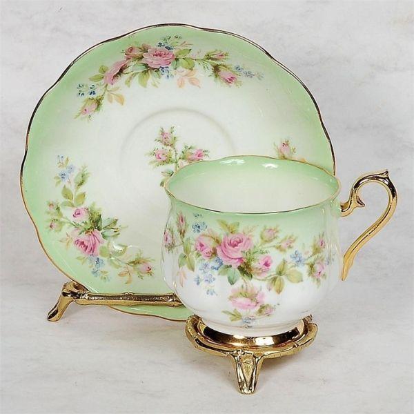 royal albert tea cup tassen pinterest teeservice porzellan und geschirr. Black Bedroom Furniture Sets. Home Design Ideas