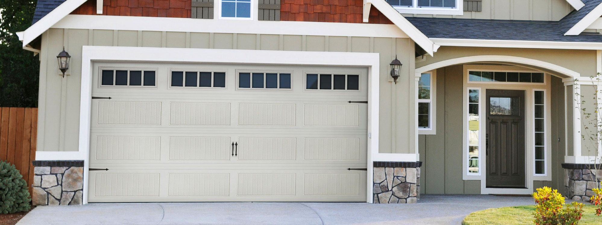 Exceptionnel Garage Door Repair In Yonkers, NY Is Your Local Service Provider Of Garage  Door Repair And Other Services Related To Garage Door.We Are Available 24*7  For ...