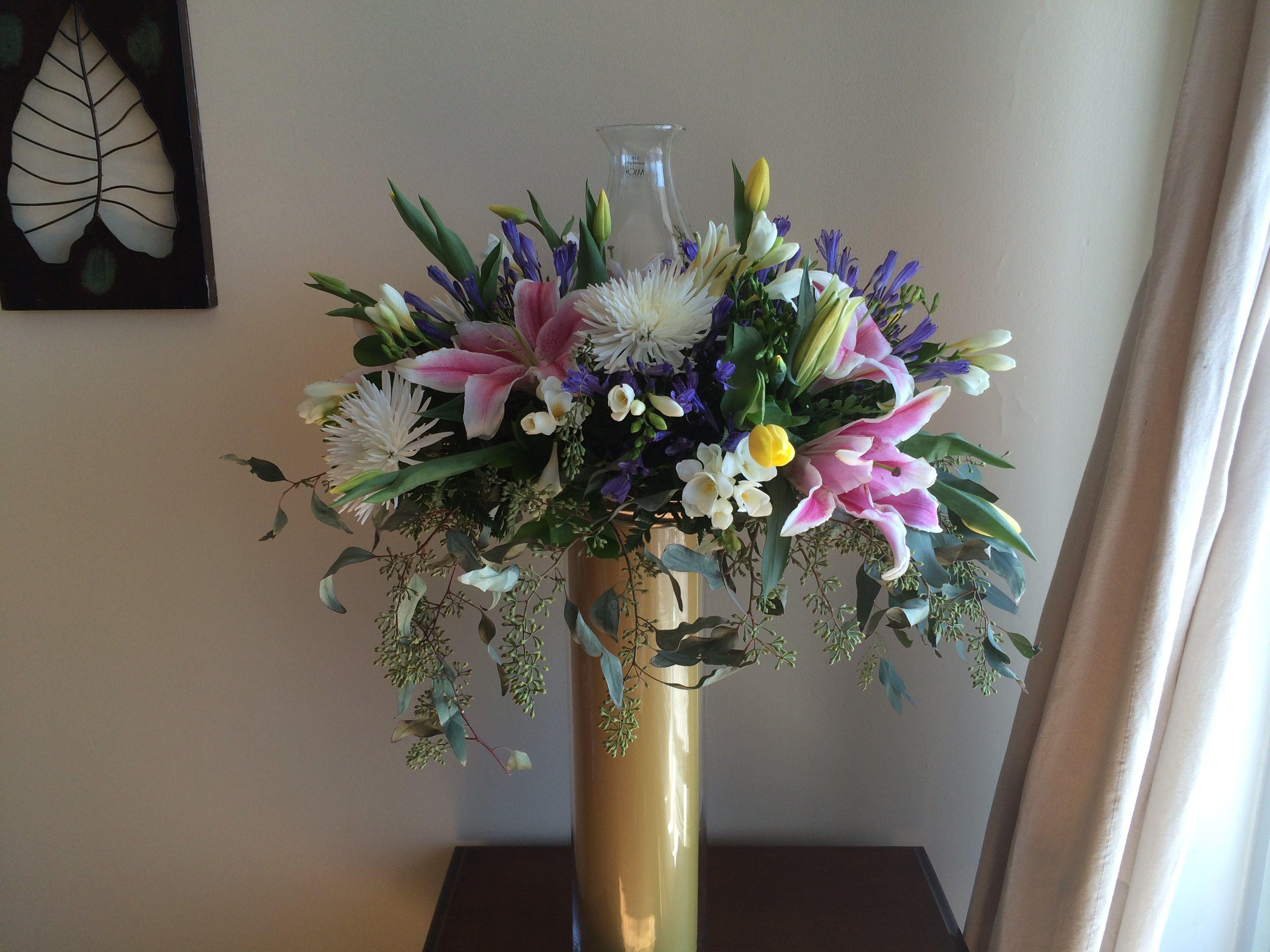 Como decorar iglesia bodas oro manualidades - Arreglos de flores para bodas ...