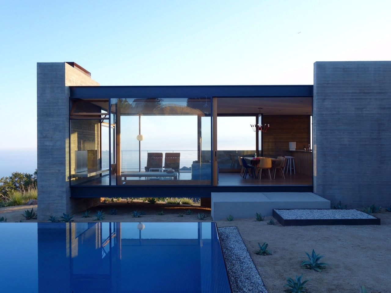 Photo 1 Of 7 In Take Your Next Vacation In A Midcentury Home In The Vacation Home Rentals Architecture Vacation Home