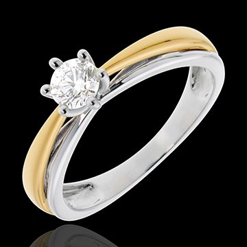 white and yellow gold ring with diamond