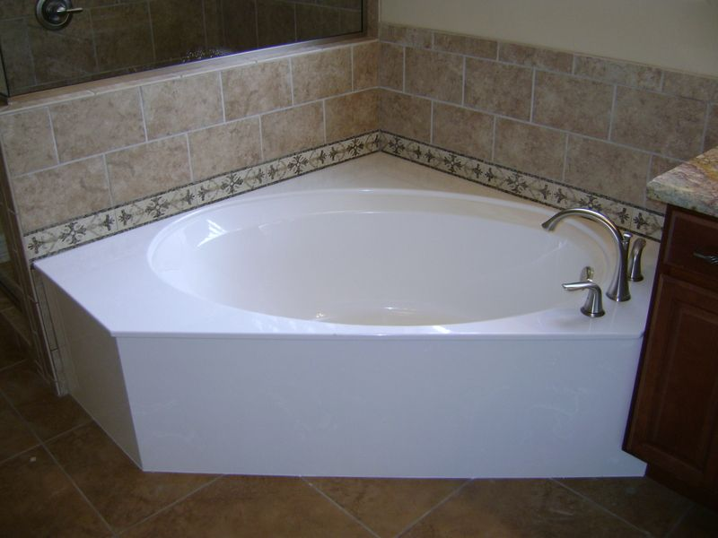 Cultured Marble Tub With Tile Tub Surrounds With Images Tile Tub Surround Tub Surround Cultured Marble