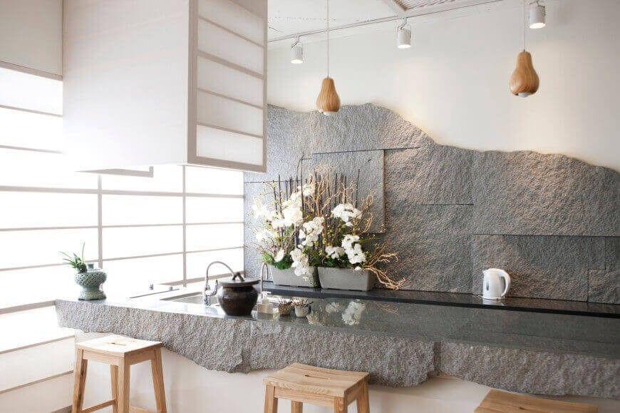 Diese Asiatische Küche Hat Eine Erstaunliche Schiefer Und Stein Arbeitsplatte  Und Backsplash Kombination, Die