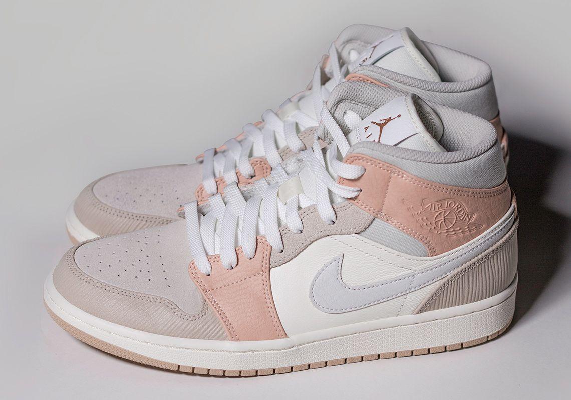 En otras palabras Nublado sensación  Air Jordan 1 Mid Milan CV3044-100 Release Date | SneakerNews.com in 2020 |  Jordan shoes girls, Nike air shoes, Air jordan shoes