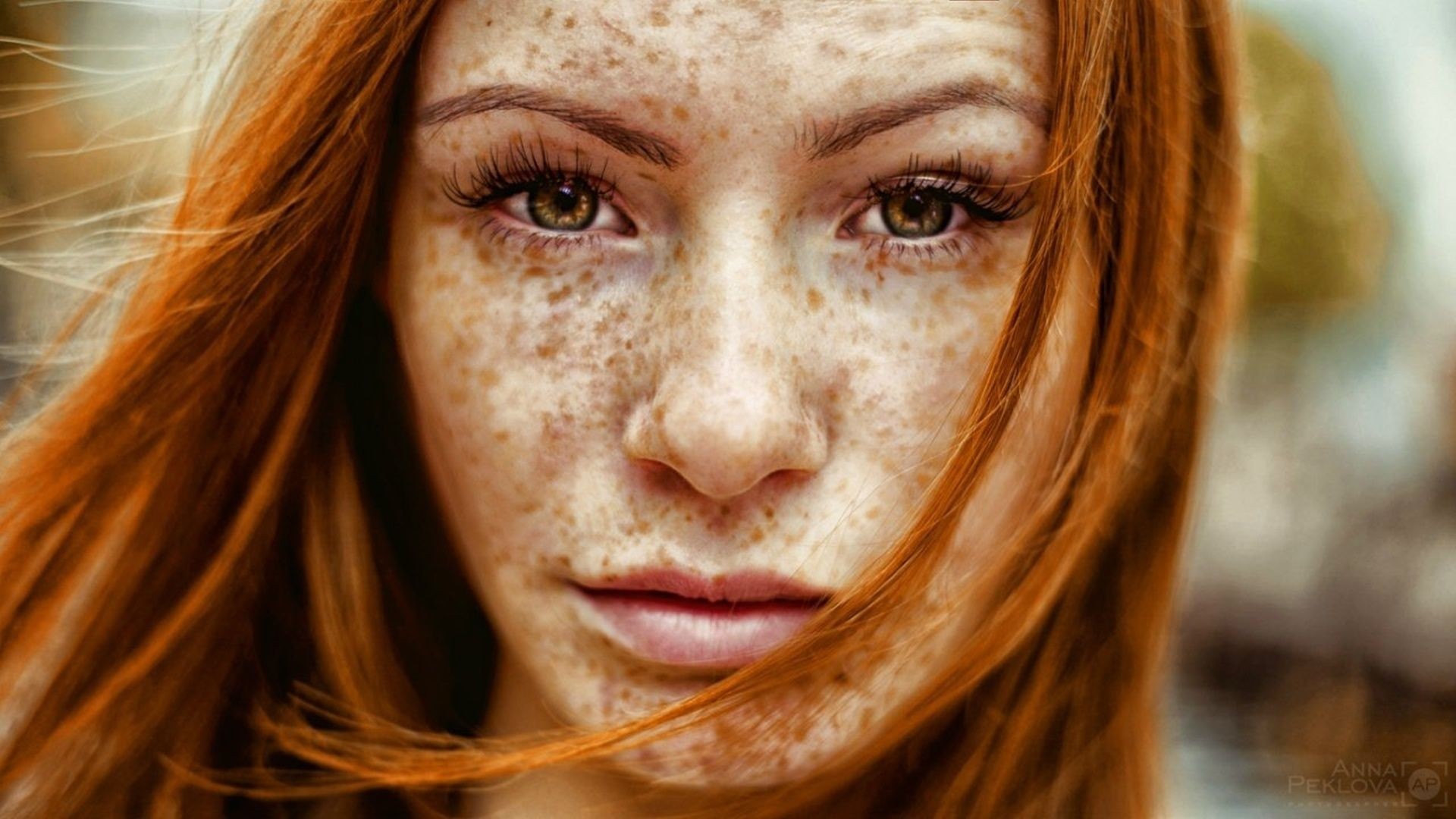Freckled Woman | Freckled girl wallpapers and images - download wallpapers, pictures .