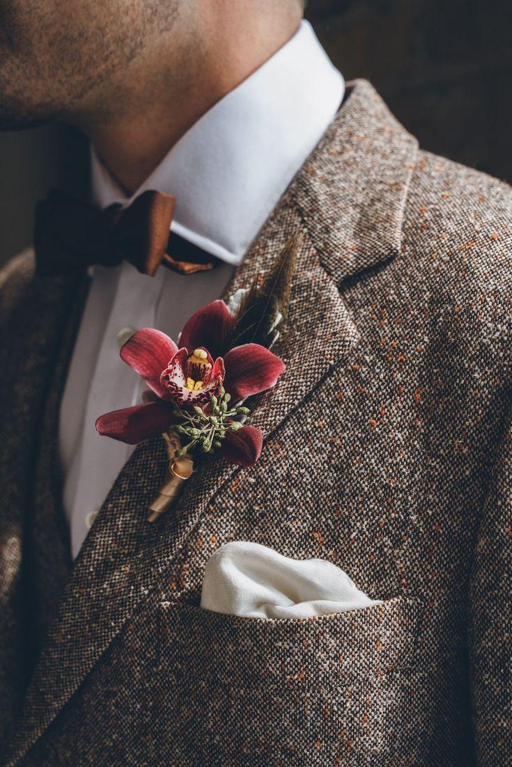 Best of 2016: Kämpfe und Bouquets Bräutigam anzug  - Getting ready men -