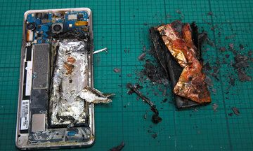 U.S. Bans Samsung Galaxy Note 7 Phones From Airplanes