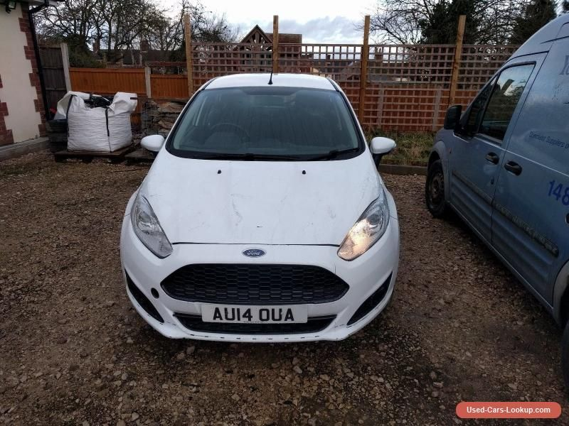Ford Fiesta 14 Reg 1250 Frozen White 5dr Damaged Repairable Ford Fiesta Forsale Unitedkingdom Cars For Sale Damaged Cars New Used Cars