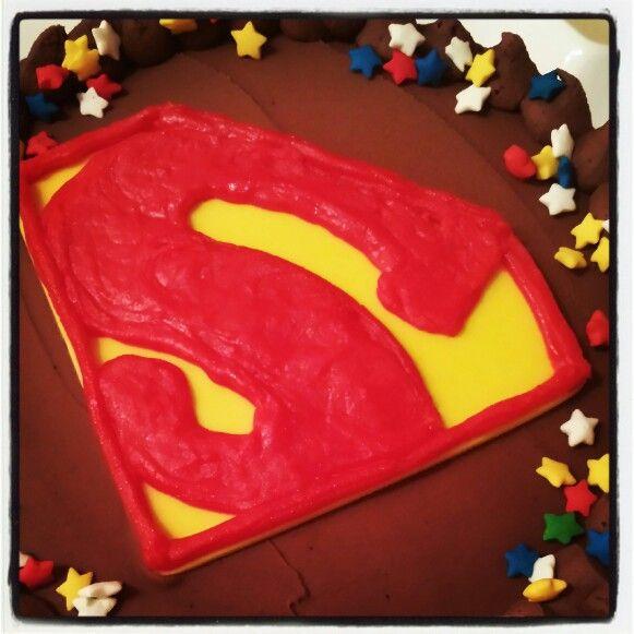 SuperGirl Cake!