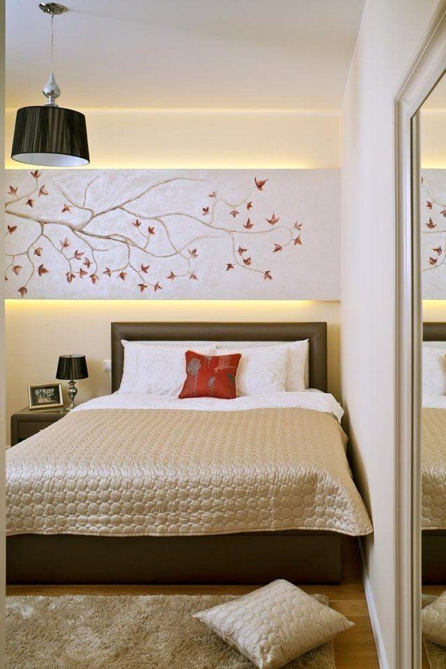 Superb Schlafzimmer Ideen Gestaltung Feng Schui Anmutend Beige Braun Indirekte  Beleuchtung Wandpaneel