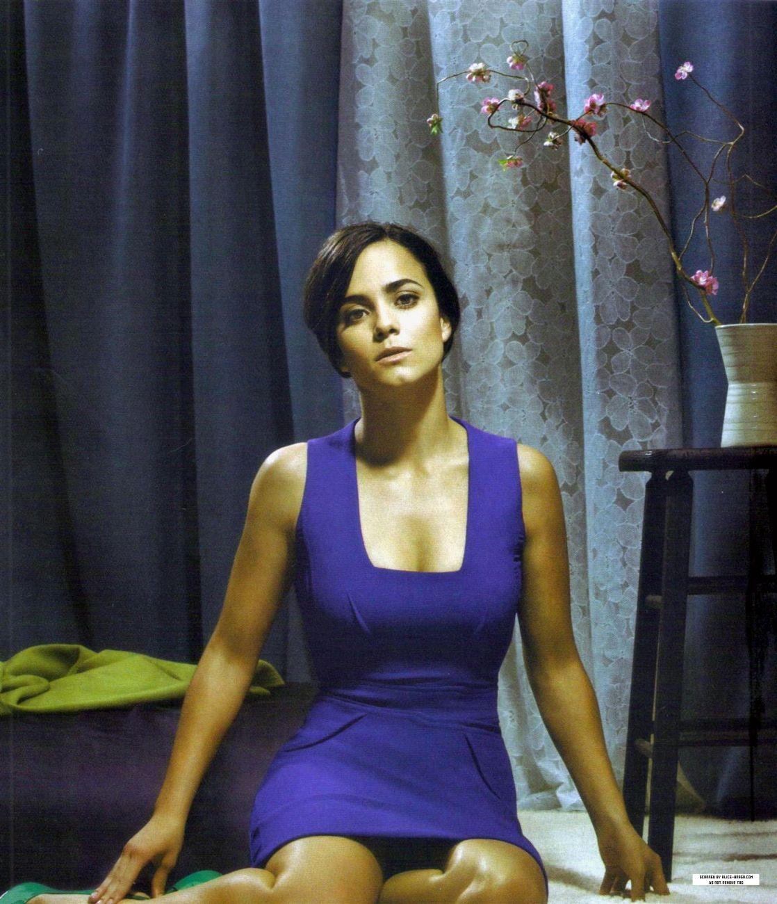 Alice Braga Actresses Alice Athletic Tank Tops