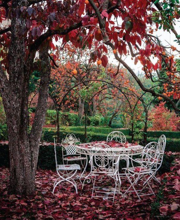 Behagliche Sitzecke Gartenmobel Schmiedeeisen Gartenideen Garden