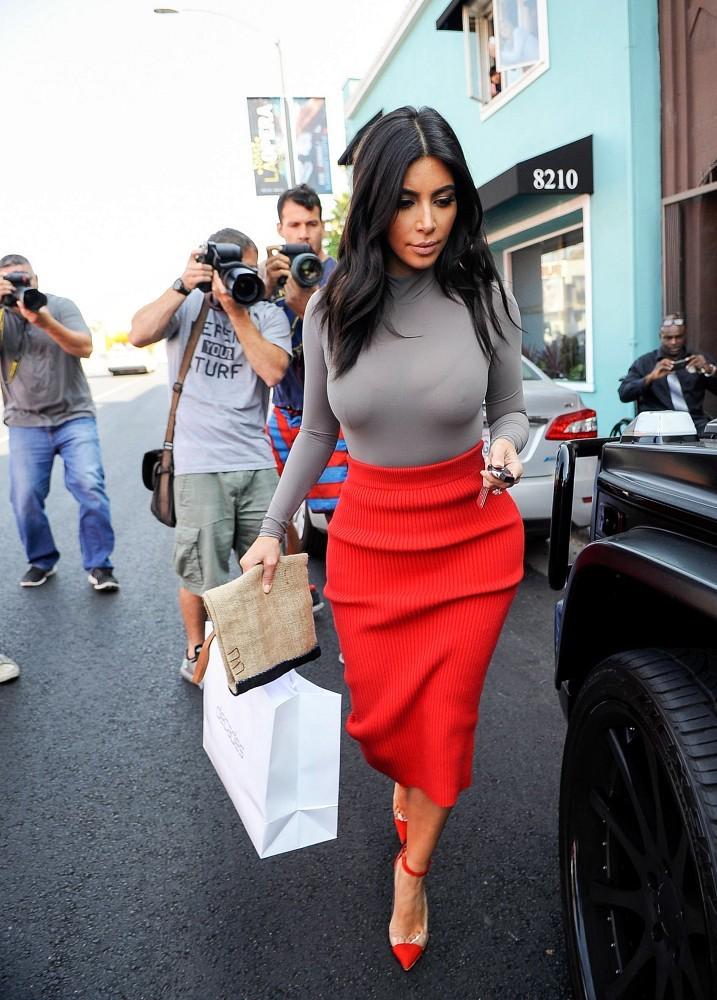 kim kardashian tits