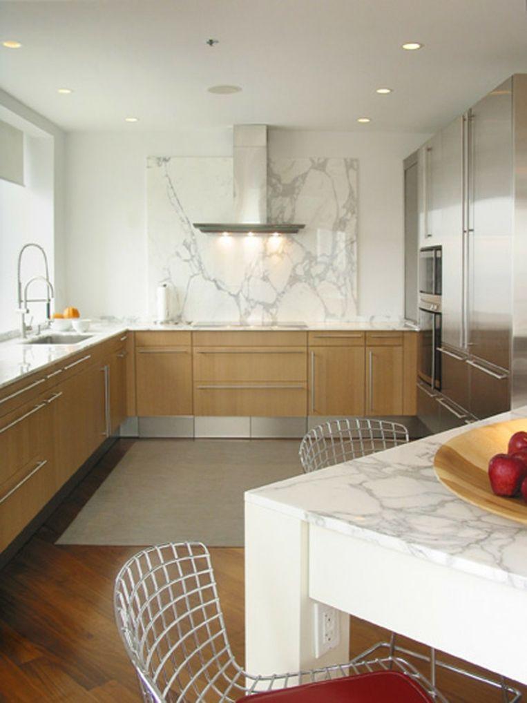 cocina con salpicadero y mesa de mármol Interiores para cocina
