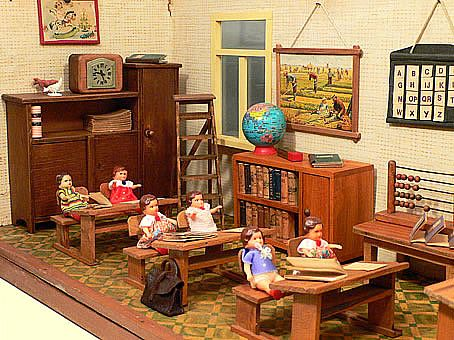 1940s Vintage Dollhouse School Room With Accessories And Dollhouse