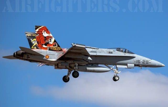 Hornet EF-18A C.15-41 15-28 cn 681