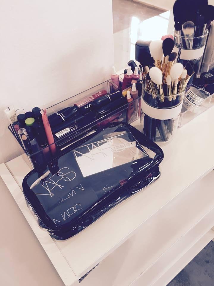 Chicstudios La School Of Makeup Los Angeles Makeup Class Makeup Obsession Makeup