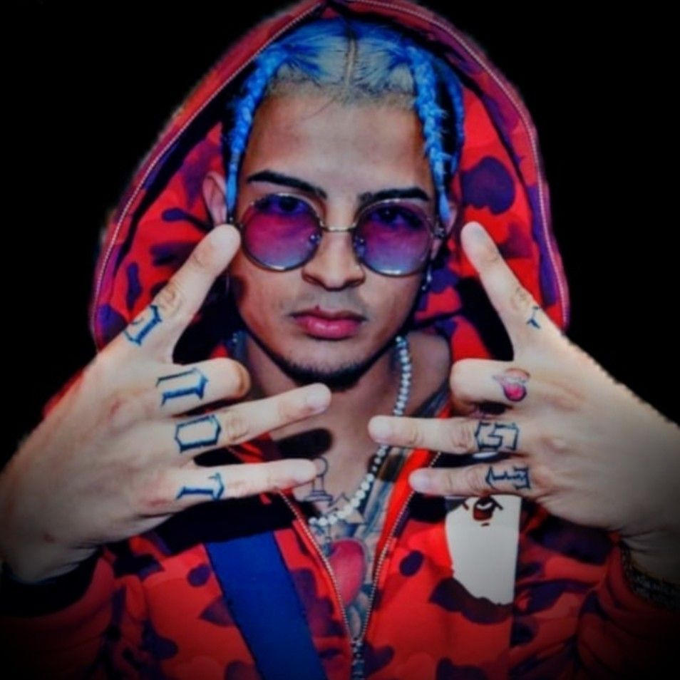 Pin By Miguel Wesley On Skinnyfromthe9 Skinny Rap Wallpaper Round Sunglasses