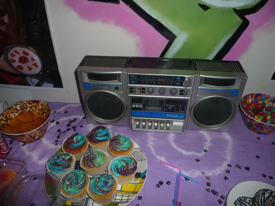Cupcakes i made for a 90s hip hop themed party 90s for 90 s party decoration ideas