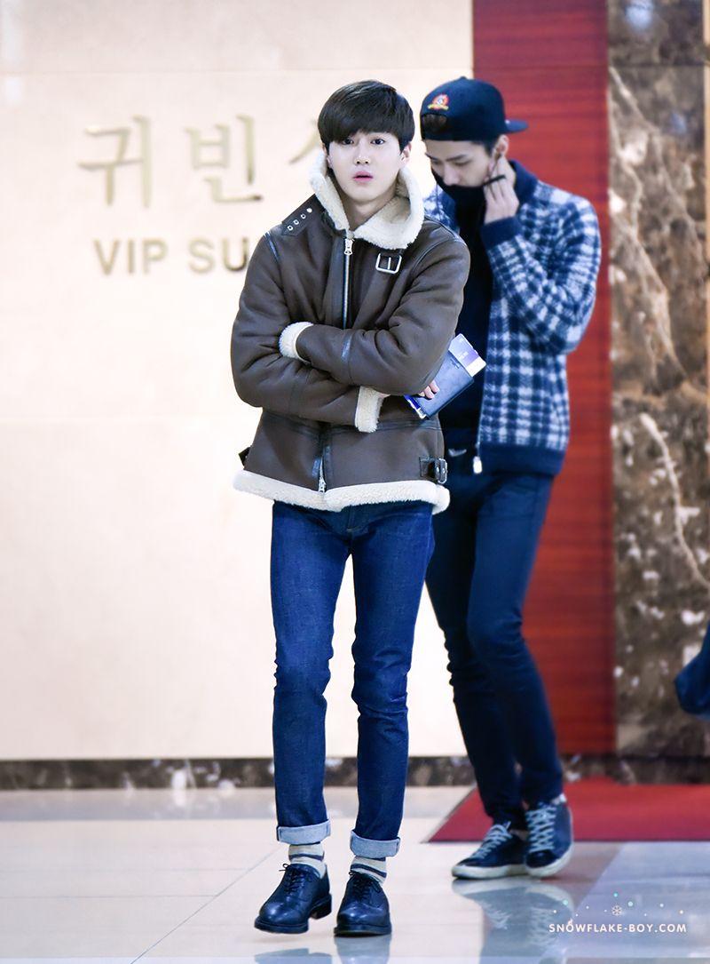 141118 Exo Suho Kim Joonmyun Ft Oh Sehun Gimpo Airport To Tokyo Airport Exok Korean Men Fashion Style Exo Airport Fashion Exo Fashion Fashion