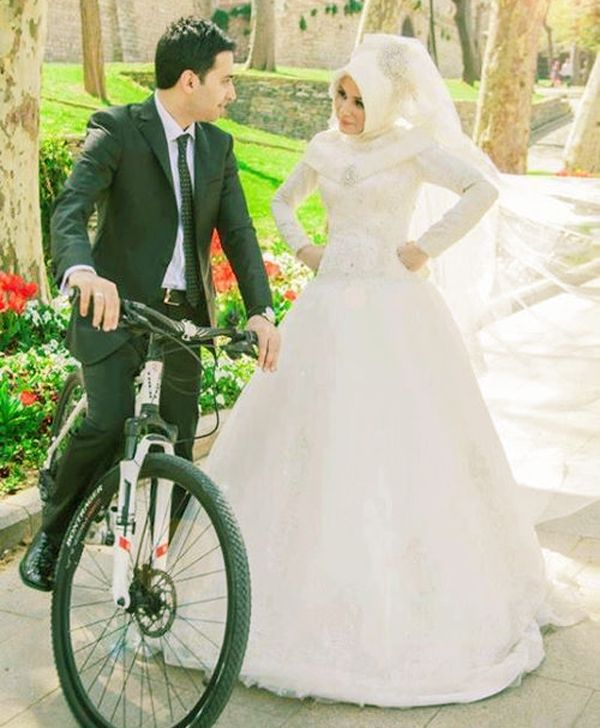 Romantic Marriage: 40 Cute And Romantic Muslim Couples