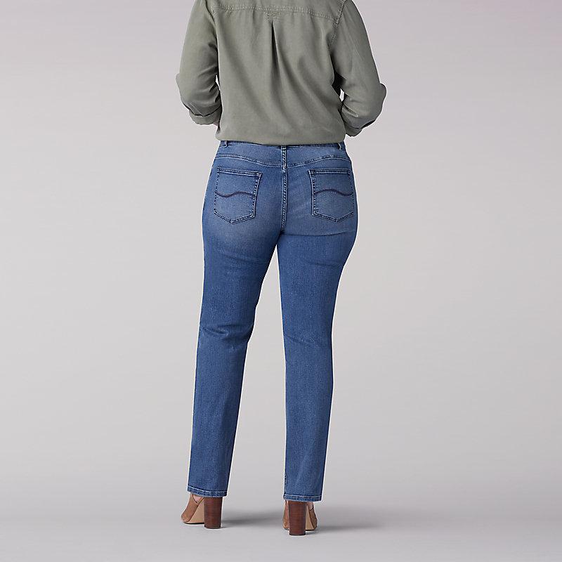 Lee Womens Plus Size Flex Motion Regular Fit Straight Leg Jean Jeans