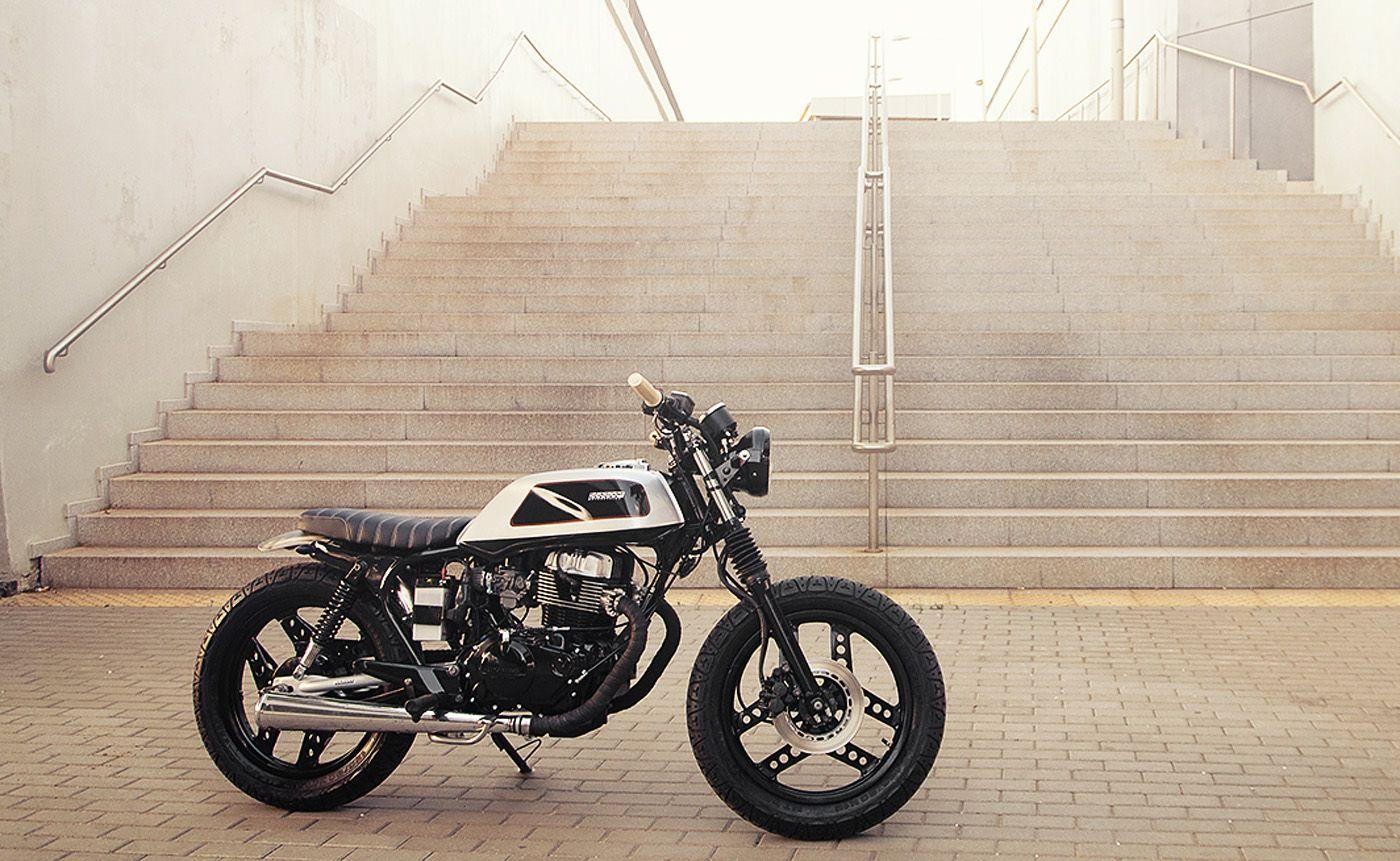 Honda CB400 Classified