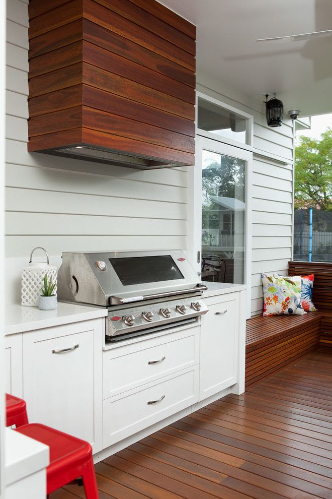 Covering A Cooking Hood With Wood Planks Could Help To Blend It With A Deck Outdoo Outdoor Kitchen Cabinets Small Outdoor Kitchens Outdoor Kitchen Appliances