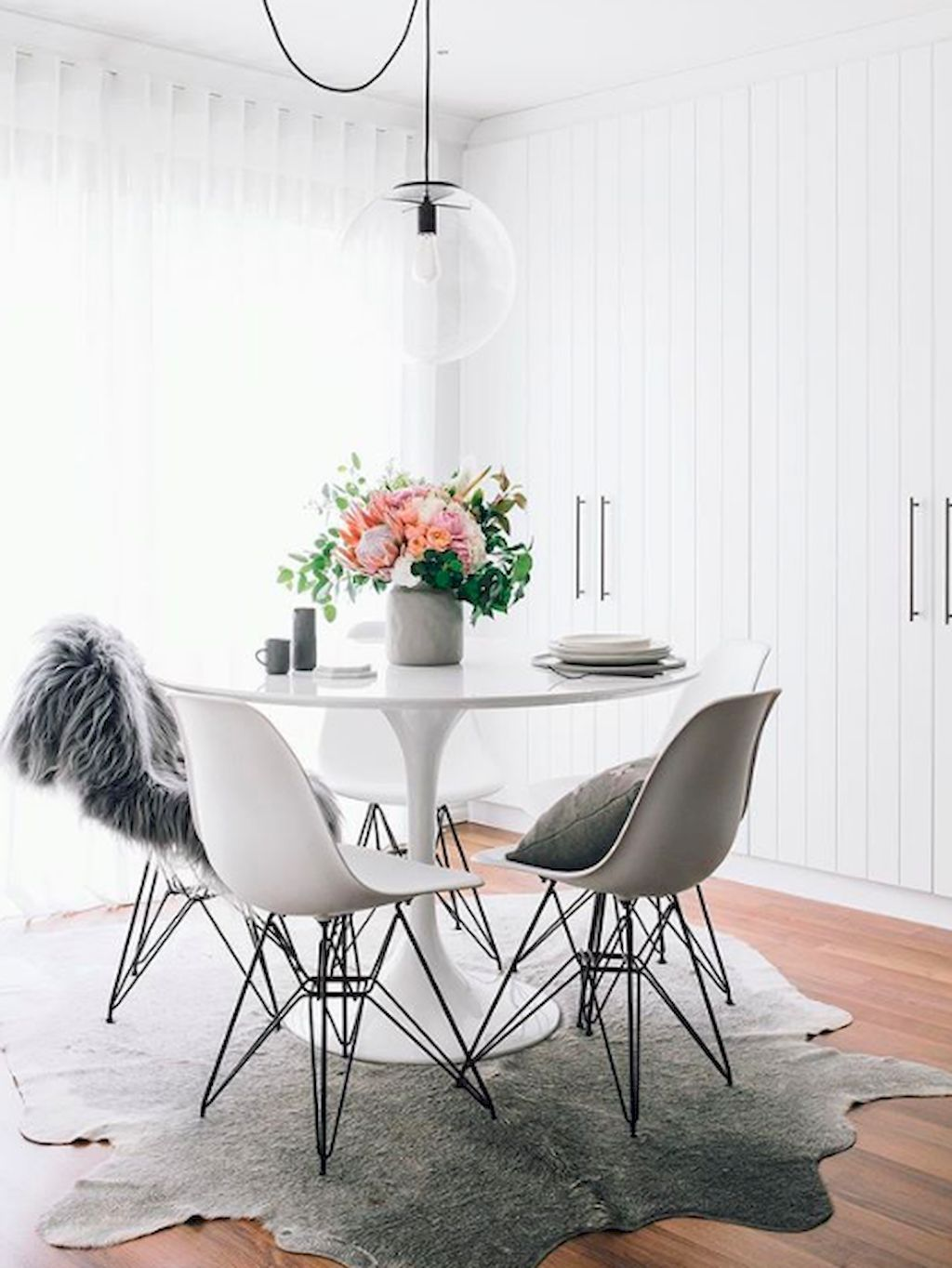 Cozy Dining Space: 39 Cozy Dining Room Ideas For Small Space