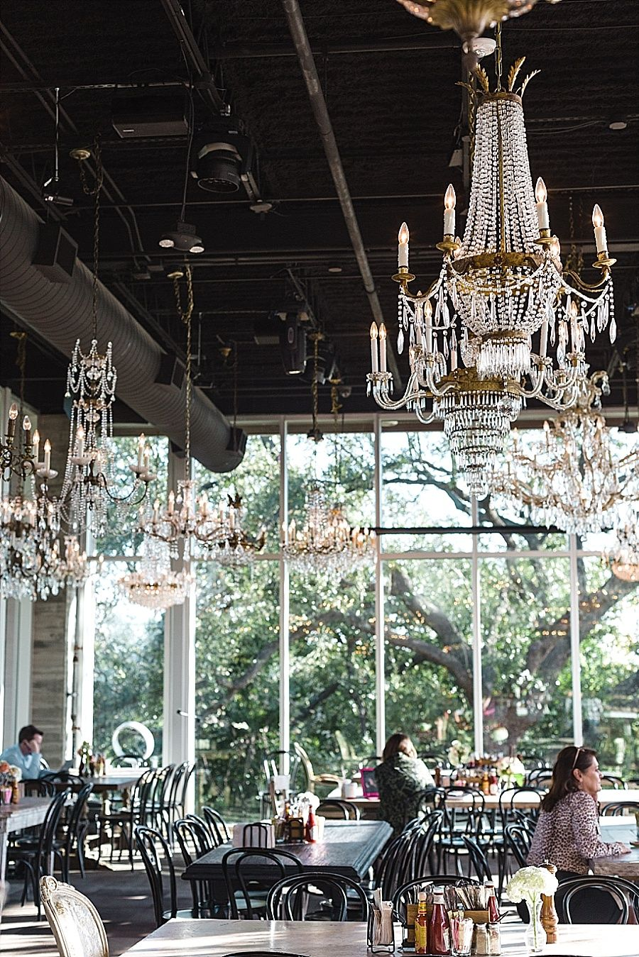 Wooded Elegance The Kitchen At The Dunlavy Luxury Restaurant Houston Brunch Houston Travel