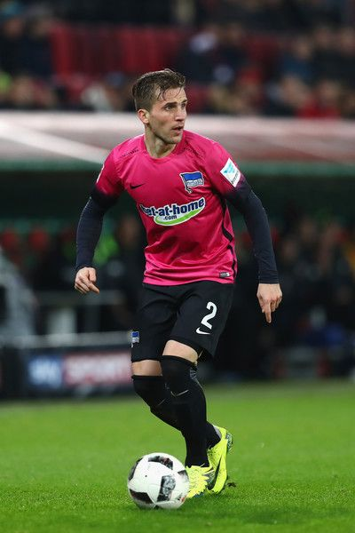 Peter Pekarik of Berlin runs with the ball during the Bundesliga match between FC Augsburg and Hertha BSC at WWK Arena on November 19, 2016 in Augsburg, Germany.