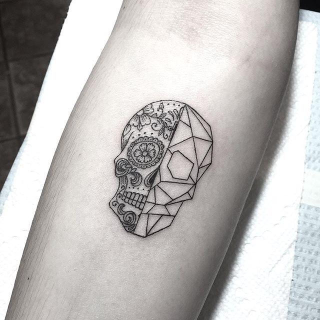 Tiny Day Of The Deadgeometric Skull Tattoos Tattoos Skull