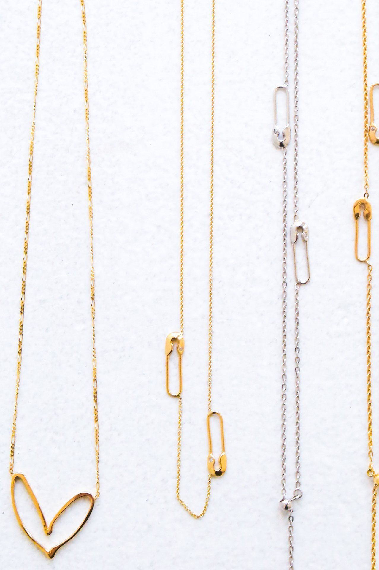 Unique Simple Safety Pin Design Dangle Charm Gold Finish Dainty Chain Necklace