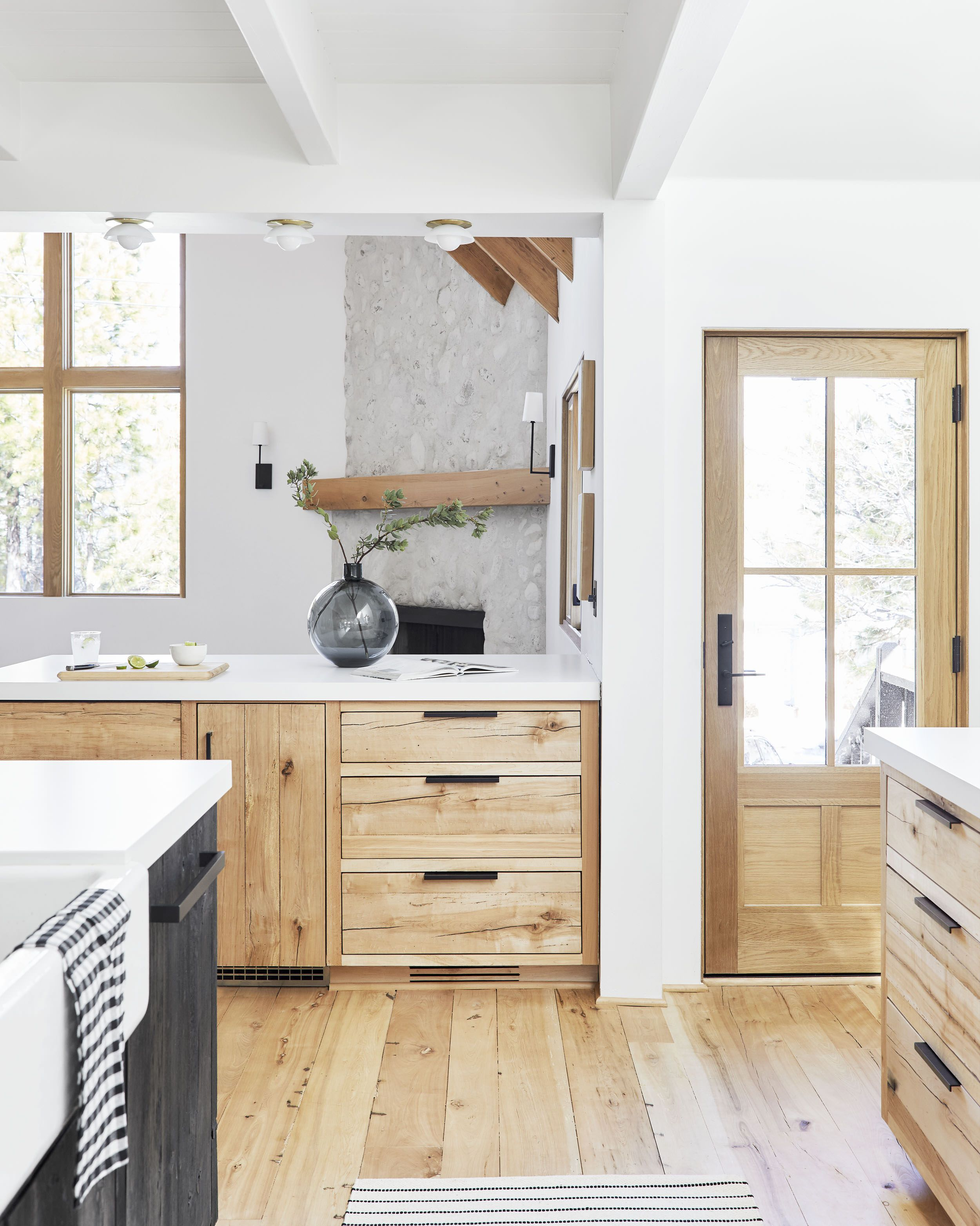 60 Of Our Favorite Budget Friendly Cabinet Hardware Picks Affordable Cabinets Home Kitchens Kitchen Renovation