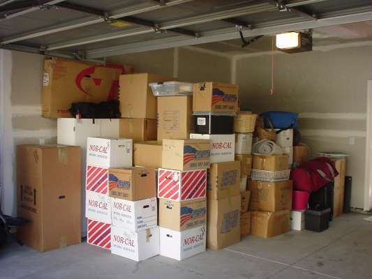3 Moving Tips For Packing Your Garage Moving Tips Renter Moving Company
