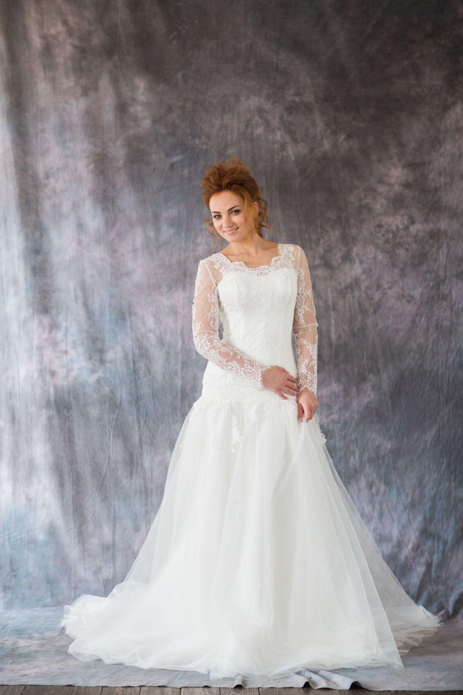 Long sleeve lace wedding dress mermaid  Romantic mermaid silhouette corset wedding dress with long sleeve