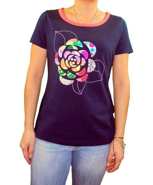 9900670e1 Camiseta marino aplicaciones tela