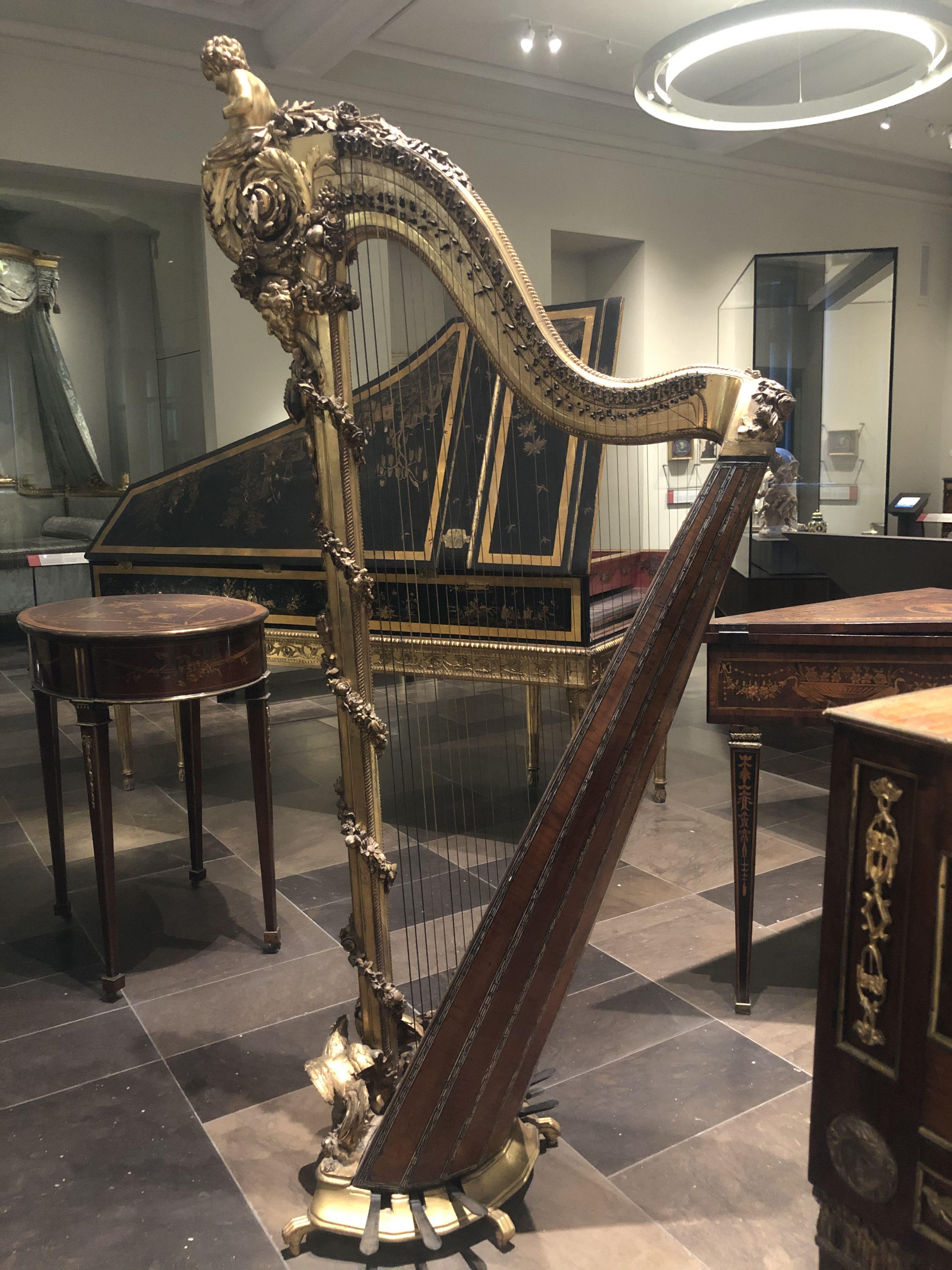 Harp by Cousineau, ca.1785, Paris