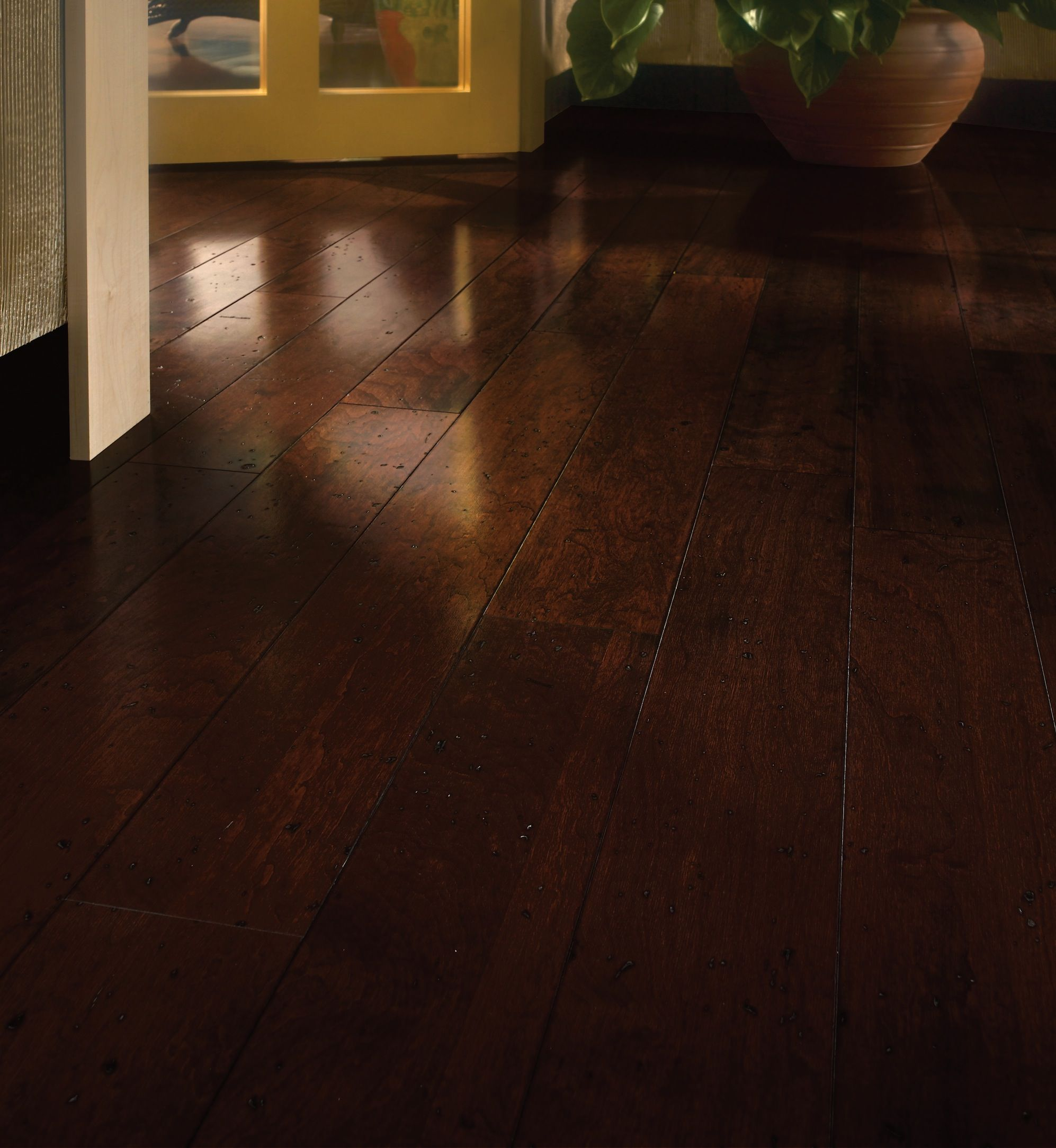 Brown Hardwood Floors Bruce Floorscherry Flooringlaminate