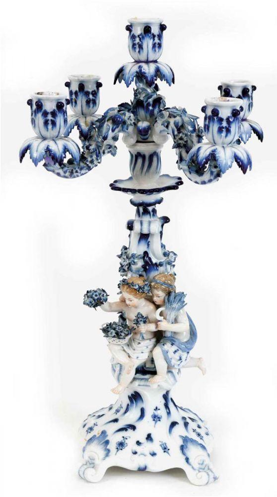 Meissen Leuchter Anf 19 Jh 5 Flammig Blau Staffiert Plastischer Blutenbesatz Am Schaft Uber Porzellan Meissen Candle Holders Duck Egg Blue
