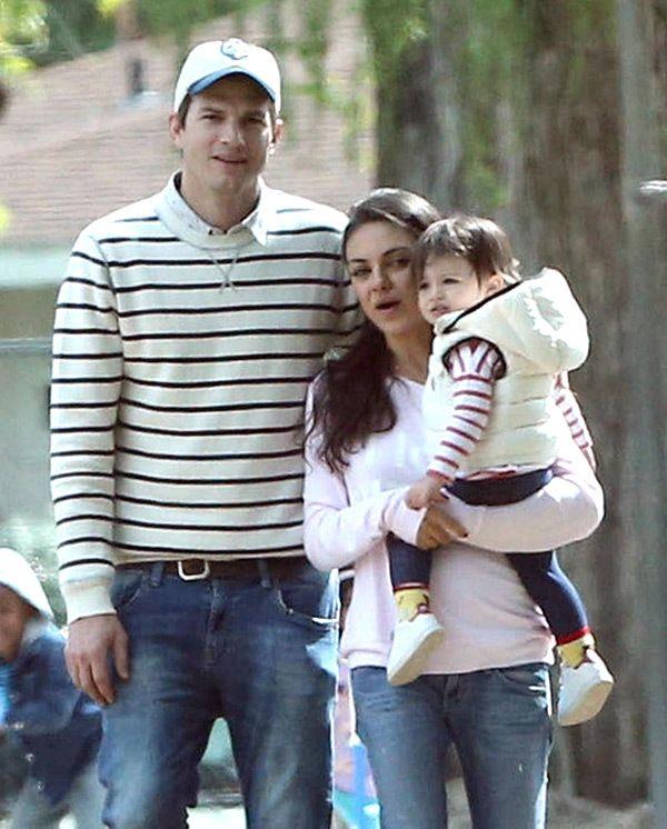 Ashton Kutcher Mila Kunis Romance Photos Of Adorable Couple