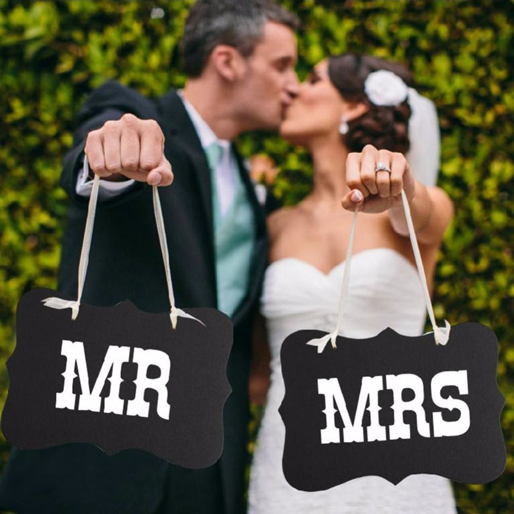 "1 Unidades "" Mr & Mrs "" carta Garland Banner Photo Booth atrezzo fotografía Wedding Party Props fuentes de la decoración en Artículos de Fiesta de Casa y Jardín en AliExpress.com 