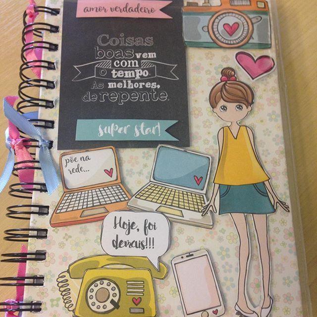 Esqueci de postar a fotinho dessa #agenda!  #agendapersonalizada #agenda2016 #agendascrap (Modelo Vendido!)